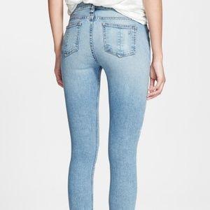 Rag & Bone Skinny Jeans in color Harbor size 30